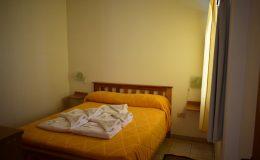 Interior 19